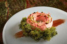 Impressive Desserts, Great British Chefs, Tiramisu Recipe, Chocolate Sponge, Cocoa Butter, Meringue, White Chocolate, Acai Bowl, Jelly