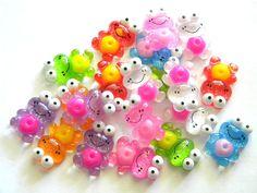 5 Assorted Glitter Frog Resin Flatbacks  Resin by kraftysian, $2.50