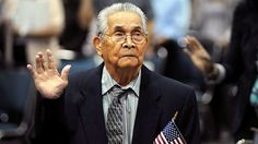 102-Year-Old Filipino Man Becomes U.S. Citizen - ABC News