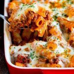 Recetas, recetas faciles, macarrones, espagueti, carbonara, ravioli, pasta carbonara, fetuccini, macarrones con queso, ravioles, fideo, tallarines, espaguetis a la carbonara, espaguetis carbonara, pasta al pesto, raviolis, espagueti a la boloñesa todo lo que debes conocer. Rigatoni Recipes, Gnocchi Recipes, Pasta Recipes, Beef Recipes, Dinner Recipes, Cooking Recipes, Sausage Recipes, Cooking Ideas, Yummy Recipes