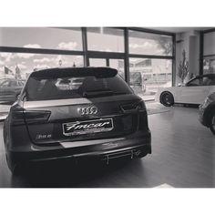 RS6 #audi#audirs6#audigramm#instaaudi#audiworld#audilove#fmcar#porsche#volkswagen#maserati#ferrari#bmw#photo#photooftheday#showroom#bnw#bnw_life#bnw_captures#bnwphotography#biancoenero#auto#cars#carswithoutlimits#awesomeness#supercar http://blog.fmcarsrl.com/wp-content/uploads/2016/05/13098881_1763740713858885_1703668048_n.jpg http://blog.fmcarsrl.com/index.php/2016/05/17/rs6-audiaudirs6audigramminstaaudiaudiworldaudilovefmcarporschevolkswagenmaseratiferraribmwphotophotoofthe