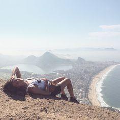 trilha morro dois irmaos-brasil