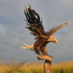 DIY Driftwood Signs | Driftwood Sculptures by Jeffro Uitto - Tapiture