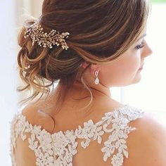 Sharing the love ❤️ do come visit us at the studio for all your bridal accessories.  Everything is individually hand made from the finest components Handmade bridal hair accessories from Donna Crain. See the entire collection at www.donnacrain.com or come and visit me in person. I offer a bespoke service too so do get in touch if you are looking for something different. X