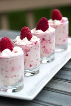 These are the cutest mini desserts - Raspberry shooters.