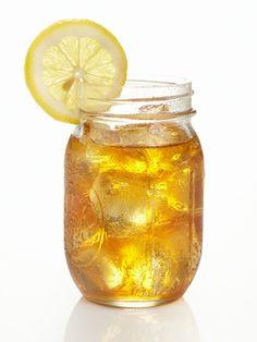 Twists on a Classic: Raspberry Lemonade and Green Tea Limeade Coconut Jello, Coconut Rum Drinks, Pineapple Coconut, Frozen Lemonade, Raspberry Lemonade, Juice Ad, Southern Sweet Tea, Davids Tea, Cocktails