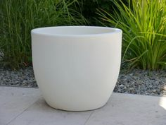 Pflanzkübel LUNA aus Kunststoff in weiß 62x62x50 cm