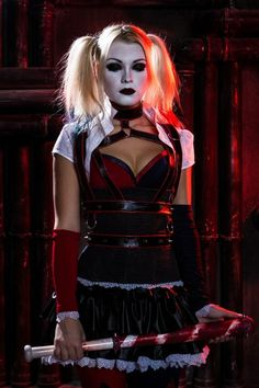 Character: Harley Quinn / From: Warner Bros. Interactive Entertainment's 'Batman: Arkham Knight' Video Game / Cosplayer: Unknown