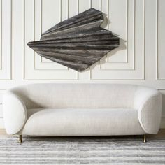 Kelly Wearstler is an interior designer and high-end furniture brand with stunning and luxurious modern sofas that will certainly delight you! Living Room Ideas. Living Room Inspiration. #modernsofas #kellywearstler   Find more at: http://modernsofas.eu/2016/05/13/glamorous-modern-sofas-kelly-wearstler-delight/