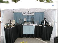 Craft Show Booths, Craft Show Displays, Display Ideas, Booth Displays, Jewelry Booth, Jewellery Display, Jewelry Ideas, Market Displays, Merchandising Displays