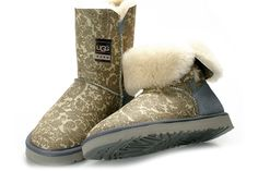 Classic Short Paisley Ugg Boots UGG  http://www.cheapuggboots4outlet.com/classic-short-paisley-ugg-boots-silver-ugg5831-p-34.html