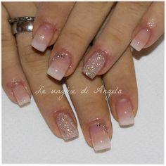Delicate baby boomer with a little bit of bling bling ; Glam Nails, Beauty Nails, Cute Nails, Pretty Nails, My Nails, Broken Nails, Gel Acrylic Nails, Baby Boomer, Girls Nails