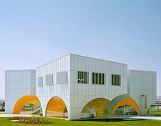 Nestlé Application Group Querétaro by Rojkind Arquitectos
