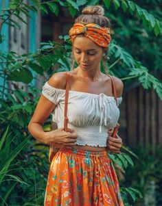 Fantastic boho dresses are readily available on our internet site. look at this and you wont be sorry you did. Hippie Style, Looks Hippie, Mode Hippie, Bohemian Style, Boho Chic, White Bohemian, Boho Outfits, Fashion Outfits, Fashion Tips