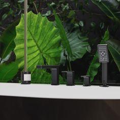 4-otworowa bateria nawannowa Omnires Parma w kolorze czarnym. @lazienki_inspiracje #omnires #polskamarka #omniresinspiracje #architektwnetrz #bateria #projektowaniewnetrzwarszawa #faucet #modnemieszkanie #baterialazienkowa #inspiration #lazienki Parma, Interior S