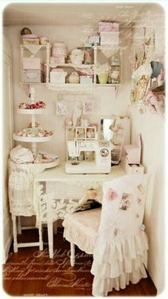 4 Simple and Impressive Ideas Can Change Your Life: Rustic Shabby Chic House shabby chic vanity.Shabby Chic Fiesta Bridal Shower shabby chic home decorating. Sillas Shabby Chic, Interiores Shabby Chic, Shabby Chic Chairs, Shabby Chic Furniture, Shabby Chic Decor, Casas Shabby Chic, Shabby Chic Mode, Shabby Chic Interiors, Shabby Chic Cottage