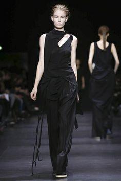 Ann Demeulemeester Ready To Wear Fall Winter 2014 Paris - NOWFASHION