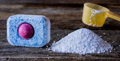 Šest korisnih stvari koje možeš oprati s tabletom za pranje suđa Natural Remedies For Ed, Clean Stove Top, Bude, Holistic Nutrition, Home Hacks, Bathroom Interior Design, Thats Not My, Cleaning, Homemade