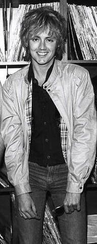 Roger Taylor - Great photo: flashing his adorable smile...