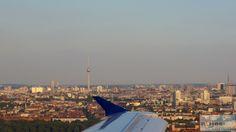 Anflug über Berlin mit Blick auf den Fernsehturm - Check more at https://www.miles-around.de/trip-reports/economy-class/sas-airbus-a320-200-economy-class-kopenhagen-nach-berlin/,  #A320-200 #Airbus #Airport #avgeek #Aviation #CPH #EconomyClass #Flughafen #Lounge #Reisebericht #SAS #SASGo #SASGoldLounge #SASLounge #SASScandinavianAirlines #Trip-Report #TXL