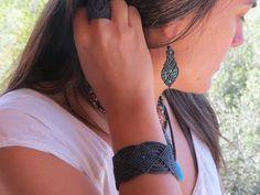 Brazalete de macramé celta, Celtic macrame bracelet de the4lmnts en Etsy