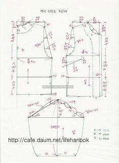 여자 라운드 저고리 패턴 - 여자생활한복패턴 - 맨드리생활한복 Korean Traditional Dress, Traditional Outfits, Blouse Patterns, Clothing Patterns, Beautiful Frocks, Modern Hanbok, Sewing Lessons, Easy Sewing Patterns, How To Make Clothes
