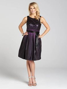 A party look that's sparklingly-chic, this gorgeous dress boasts a sequin top and taffeta hem for a fully feminine look to carry you through the holidays....3030103-0662