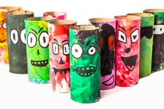 Wat doe jij met je lege wc rollen? Zie hier 6 leuke knutselwerkjes die je met wc rollen kan maken. Tissue Roll Crafts, Tissue Paper Roll, Toilet Roll Craft, Toilet Paper Roll Crafts, Craft Projects For Kids, Diy For Kids, Kid Crafts, Craft Kids, Clever Kids