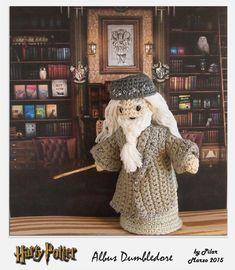 Best 77 in the 225 Harry Potter Amigurumi Gene in - Diy & Crafts Trend Crochet Disney, Crochet Geek, Cute Crochet, Crochet Crafts, Crochet Dolls, Knit Crochet, Yarn Projects, Crochet Projects, Amigurumi Patterns