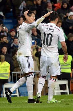 Cristiano y James ...se quieren y celebran el gol de CR7 Real Madrid and RC Celta. 6.12.14