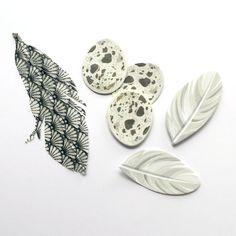 Handmade Feathers  Shells Monochrome Feather  Washi by kaetoo