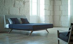 hepburn bed - oak