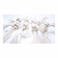 Knots up to my shoulders  #handmade by elee worldwide shipping . . . . .  #weaving #creative  #art #elee #fiberart #textile #artobject #art #handmade #nplusn #softandstrong  #weave #unique #cute #analog  #contemporaryart #artist #artsy #instaart #beautiful #instagood #gallery #masterpiece #photooftheday #instaartist #artoftheday #texture #inspiration