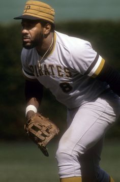 Willie Stargell (My all-time favorite Pirate! I actually met him and got an autograph; I still have it hanging in my study.R.I.P., Willie.)