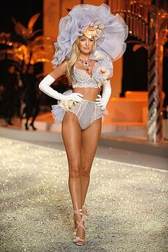 Victoriau2019s Secret Fashion Show 2015 Victoria s Secret Fashion
