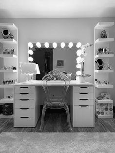 Bedroom Decor For Teen Girls, Teen Room Decor, Cute Bedroom Decor, Room Design Bedroom, Room Ideas Bedroom, Home Room Design, Dressing Room Decor, Dressing Room Design, Dressing Table Mirror