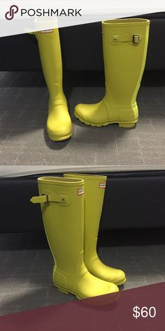 Yellow Hunter boots Yellow Hunter boots in great condition. Only worn a few times, selling because they are too small for me. Hunter Boots Shoes Winter & Rain Boots