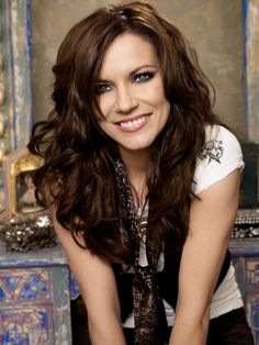 I adore Martina McBride. Her songs are always so thoughtful, thought provoking, and and inspiring. No wonder she is one of my all time favorites.....  kmf