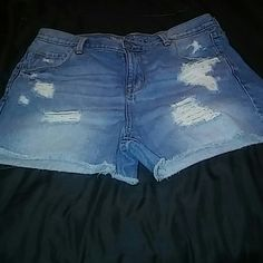 Boyfriend Midi shorts Purchashed from Target Mossimo shorts Mossimo Supply Co Shorts Jean Shorts