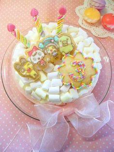 Tamagocchi  marshmallow cake
