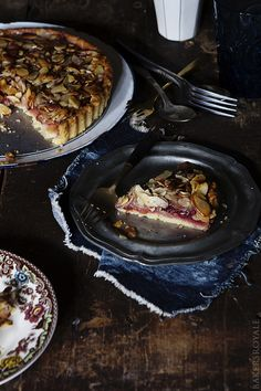 Almond and Raspberry Tart