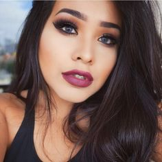 Love this look @alvajay wearing her NEW Too Faced & Vegas Nay Stardust…