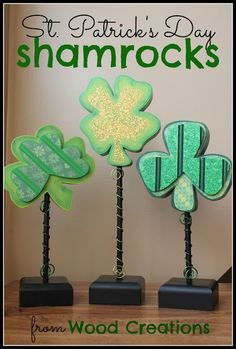 St. Patrick's Day Shamrock craft from SixSistersStuff.com