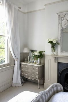 Modern Country Style: Swedish/French Style Victorian House Tour Click through for details. Country Modern Home, Country House Interior, French Country Style, Home Interior, Country Decor, Swedish Style, Interior Design, Victorian Bedroom, Modern Victorian