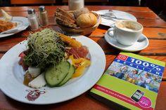 Miss Fabuleus gaat op citytrip en neemt mee... 100% Berlijn - http://www.missfabuleus.be/2015/05/de-8-beste-tips-om-berlijn-te-ontdekken.html#more >> 100% Berlijn - Marjolein Hartog - Mo'media - 152 pag. - ISBN 9789057676888