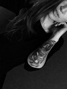 #tatto #tigertatto #woman'seye #tiger'seye #mytatto #handtatto #firsttatto #woman #blask #love