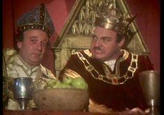 King Richard (John Rhys Davies) and Hubert Walter (Gary Waldhorn). Robin of Sherwood.
