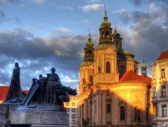 AMICUS RES: Praha jako malovaná