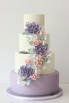 www.bride.ca Lavender and White Wedding Cakes