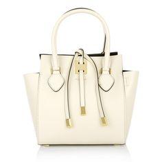 Fashionette wears a business bag by Michael Kors >> Miranda XS Tote Vanilla